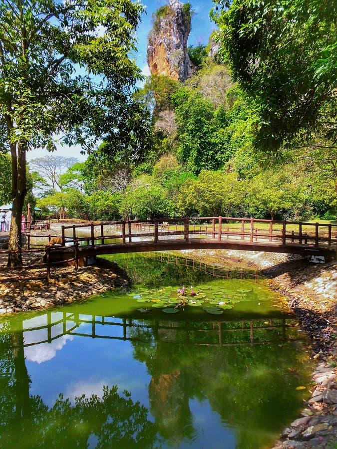 Gunung fritids- Keriang parkerar, Alor Setar, Kedah royaltyfri fotografi