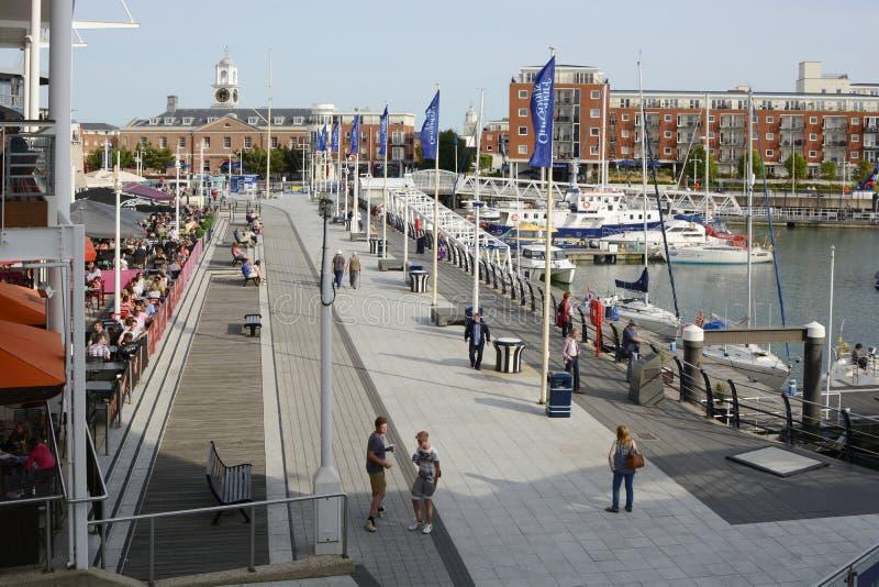 Gunwharf码头在波兹毛斯 英国 免版税库存照片