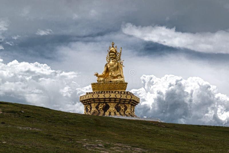 Guru Rimpoche Statue fotografía de archivo libre de regalías
