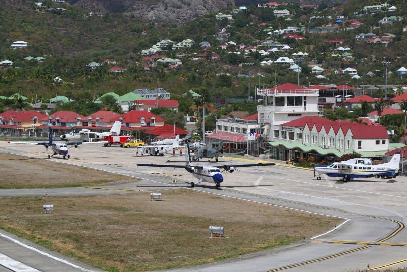 Gustaf III flygplats också som är bekant som den St Barthelemy flygplatsen fotografering för bildbyråer