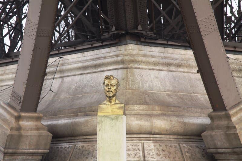 Gustave Eiffel-Statue, Paris, Frankreich lizenzfreie stockfotos