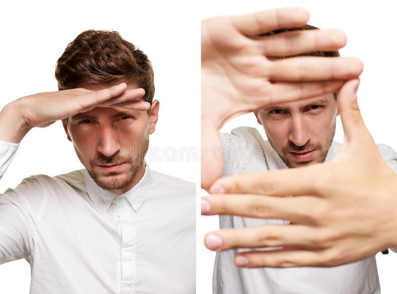 Gut aussehender Mann in einem weißen Hemd macht die Gesichter, lokalisiert auf einem weißen Hintergrund stockfotos