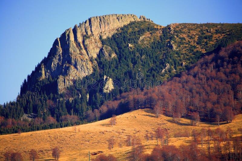Gutai Berge lizenzfreie stockfotografie