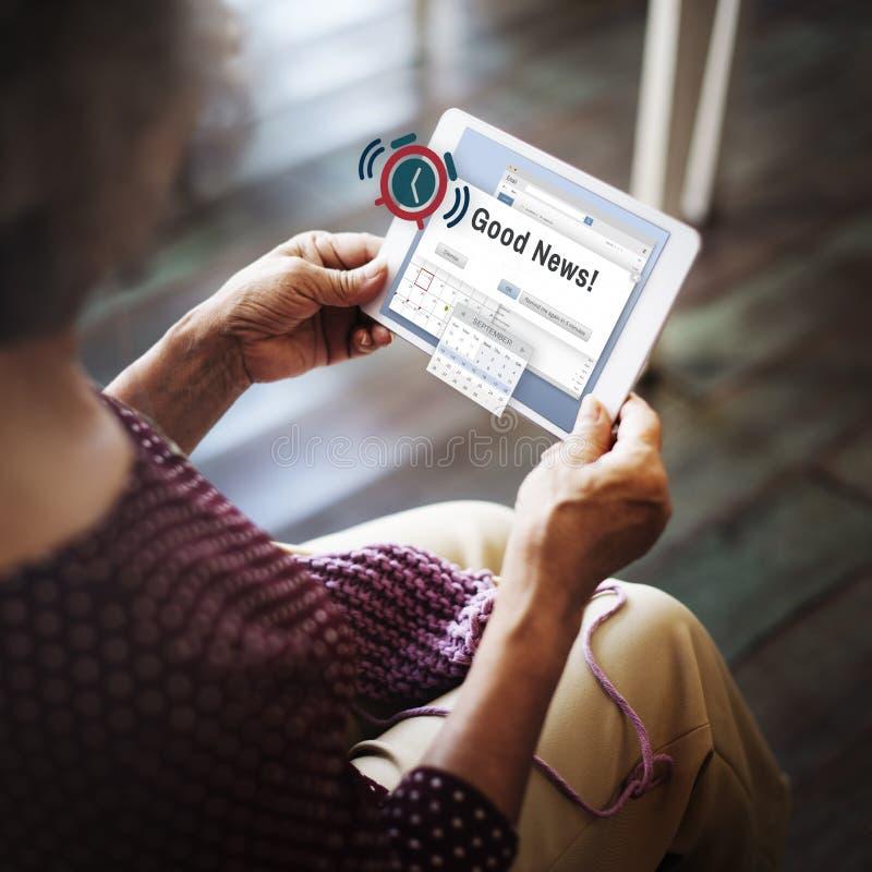 Gute Nachrichten-Informations-Mitteilungs-denkendes Konzept lizenzfreies stockfoto