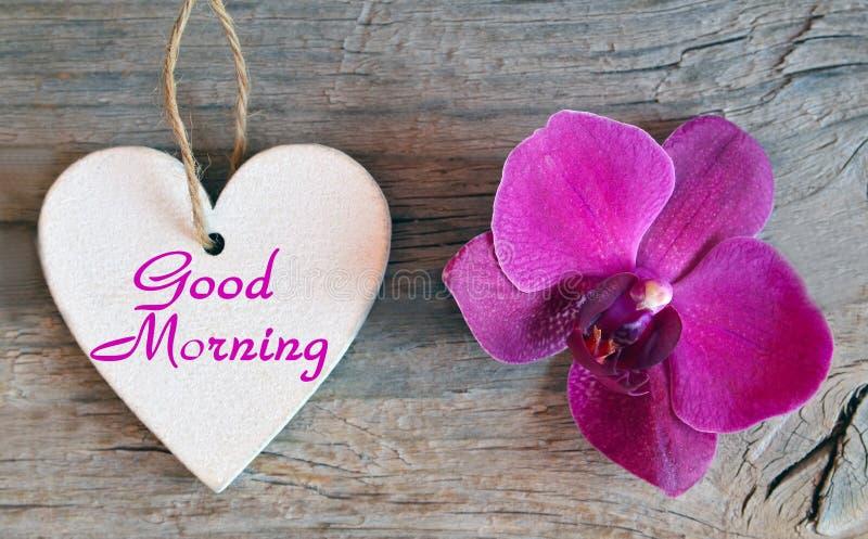 Guten Morgen Dekoratives Weißes Hölzernes Herz Mit Text Und