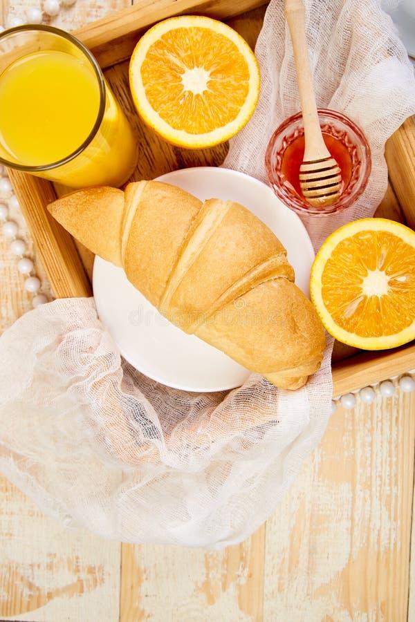 Guten Morgen Kontinentales Frühstück auf ristic hölzernem Hintergrund stockfotos