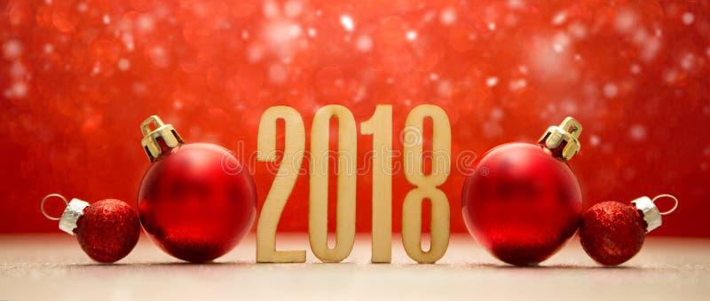 Guten Rutsch ins Neue Jahr-Hintergrund 2018 mit Weihnachtsdekoration lizenzfreies stockbild