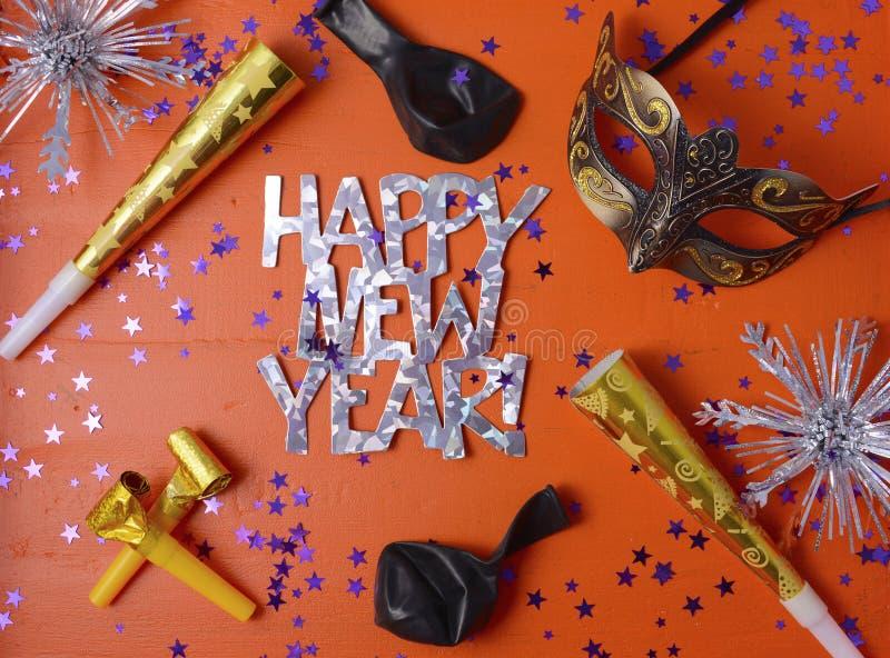 Guten Rutsch ins Neue Jahr-Partei-Dekorationen lizenzfreie stockbilder