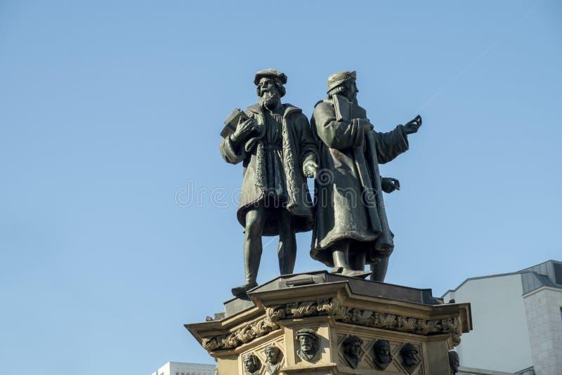 Gutenberg herdenkingsbeeldhouwwerk in Frankfurt royalty-vrije stock afbeeldingen
