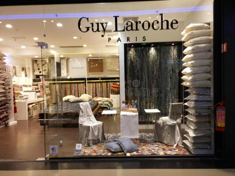 Guy Laroche-opslag stock foto's