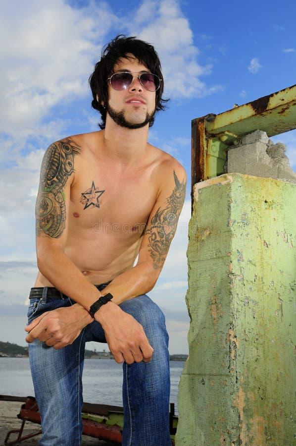 guy tattoos trendy στοκ εικόνα