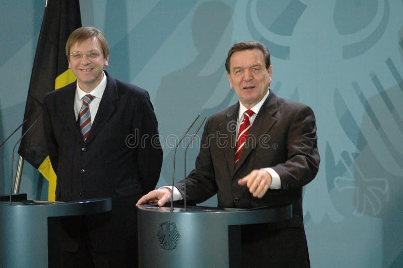 Guy Verhofstadt, Gerhard Schroeder lizenzfreie stockbilder