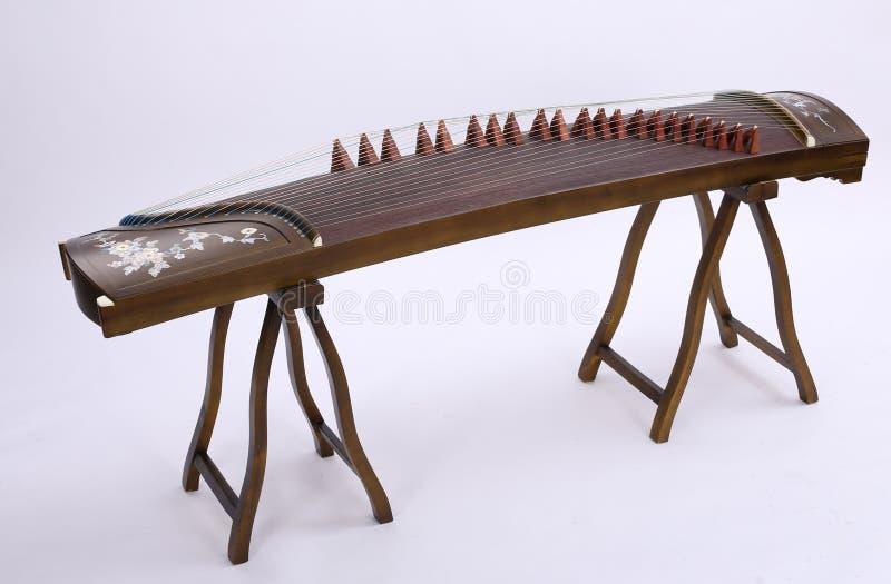 Guzheng kinesfolkmusik royaltyfri fotografi