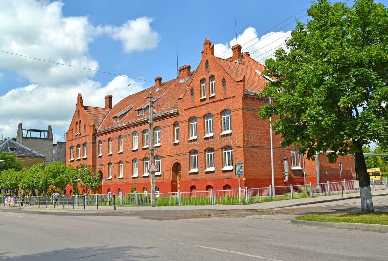 GVARDEYSK,俄罗斯 没有高的综合学校 1 - 前全国学校Tapiau 库存照片