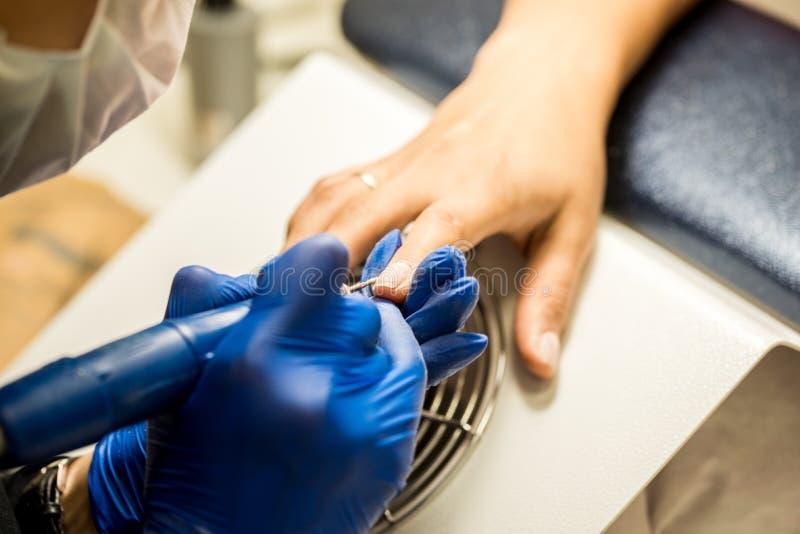 Gwóźdź techniki segregowania gwoździe z gwóźdź kartoteką Fachowi manicure narzędzia zdjęcia stock