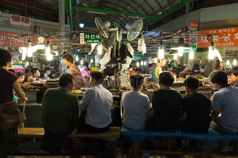 Gwangjang-Straßenmarkt, Seoul stockfoto