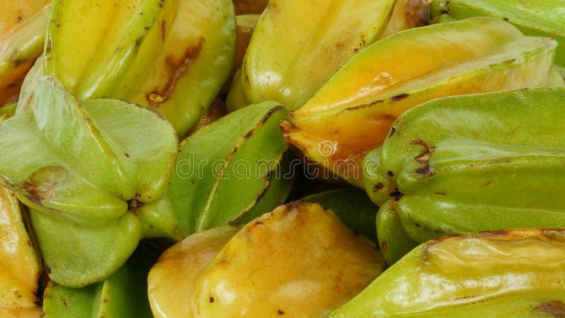 Gwiazdowej owoc naturalni warunki, wiązki starfruit zbliżenie fotografia stock