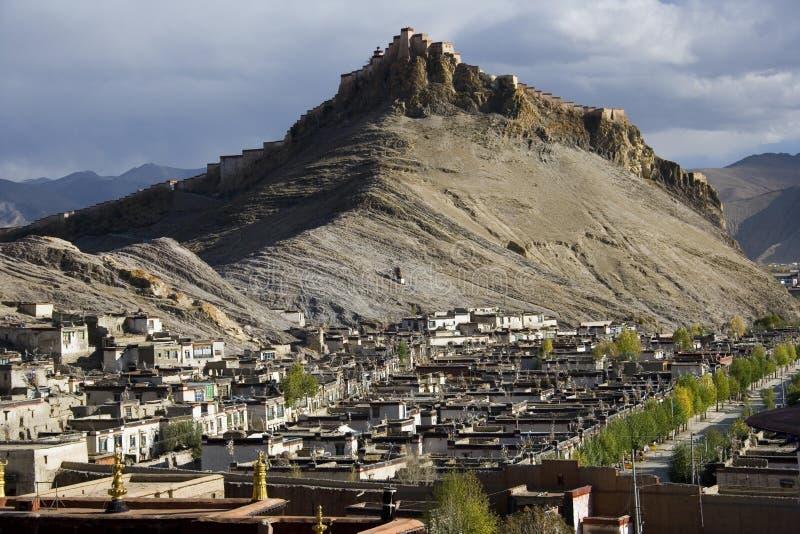 Gyantsie Hilltop Fort - Tibet - China stock images