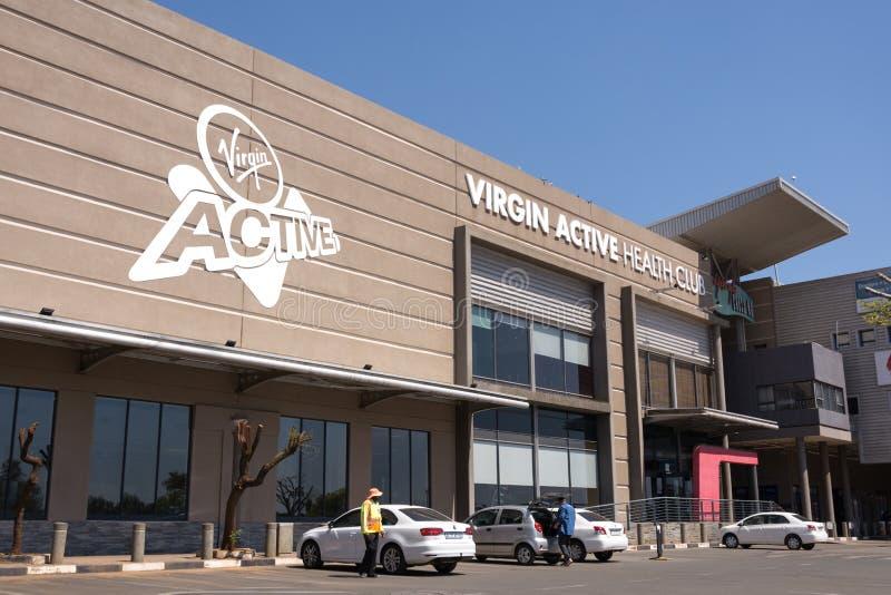 Gym ativo do Virgin em Roodepoort, Joanesburgo fotografia de stock