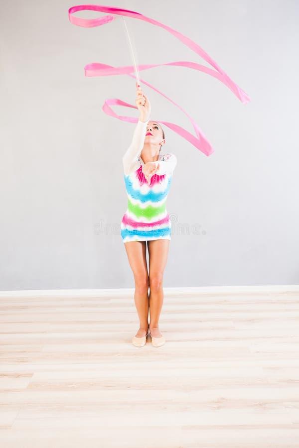Gymnast com fita imagem de stock