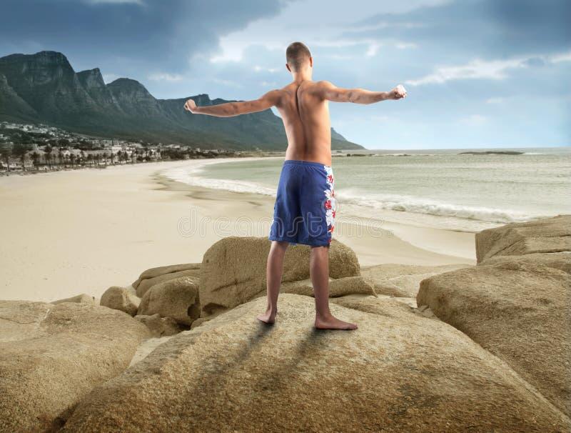 Gymnastiek bij het strand stock foto