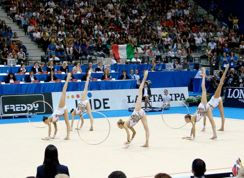 Gymnastique rhythmique : l'Italie image stock