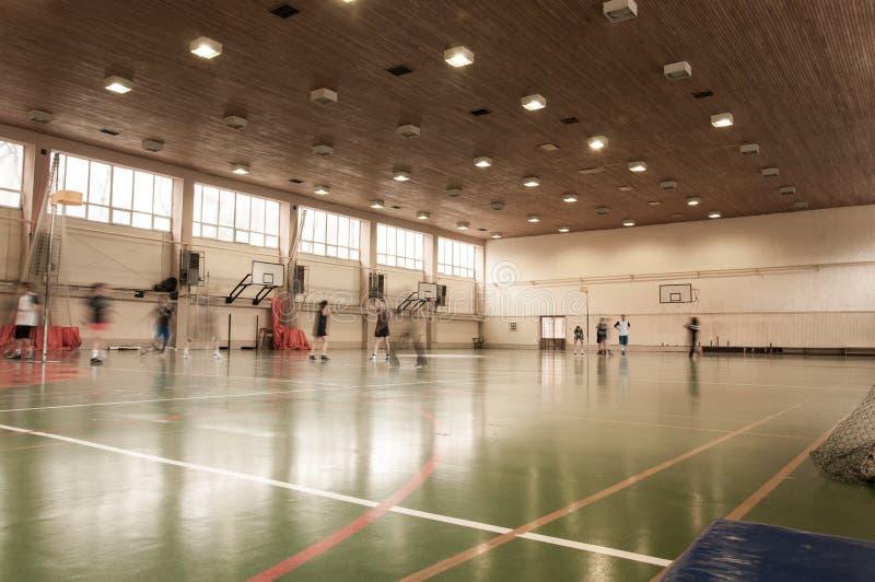 Gymnastique salle d'école images libres de droits