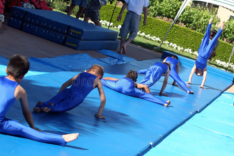 gymnasts λίγα στοκ φωτογραφία