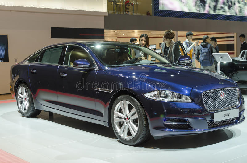 2013 GZ AUTOSHOW-JAGUAR XJ images stock
