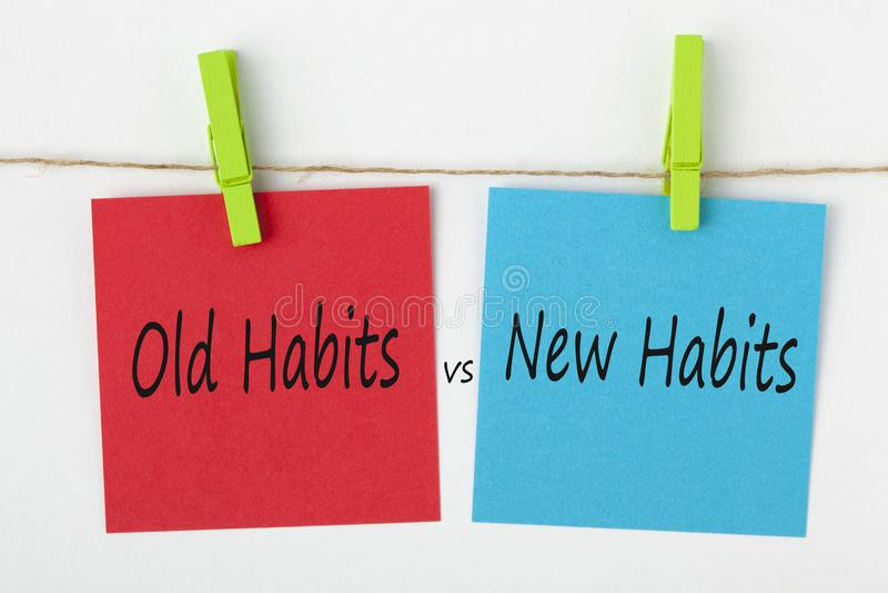 Hábitos novos contra palavras velhas do conceito dos hábitos imagens de stock royalty free