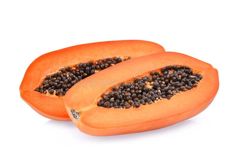 Hälfte der reifen Papayafrucht mit den Samen lokalisiert auf Weiß lizenzfreies stockfoto