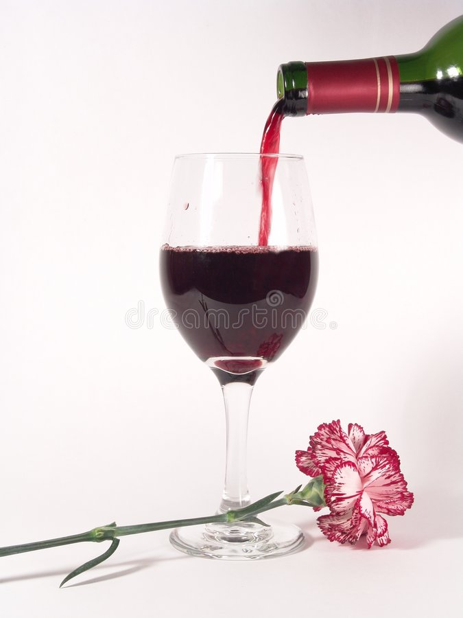 hällande wine för nejlika royaltyfria bilder