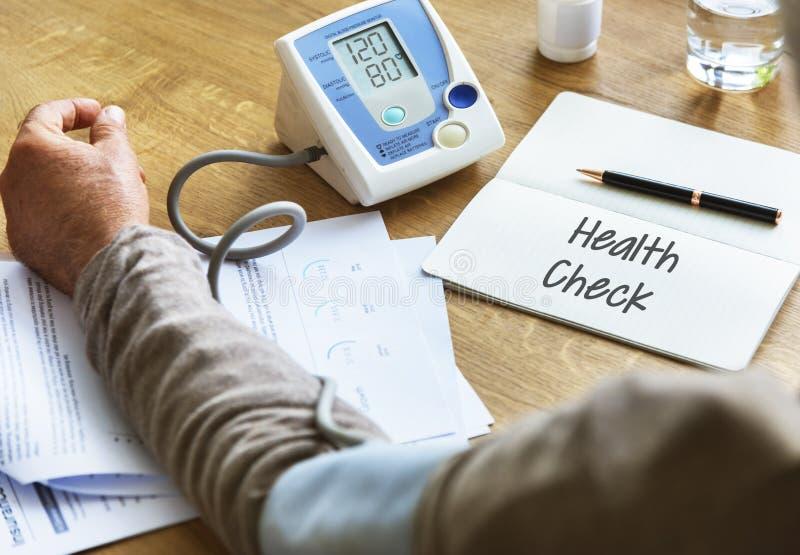 Hälsovårddoktor Help Concept royaltyfri bild