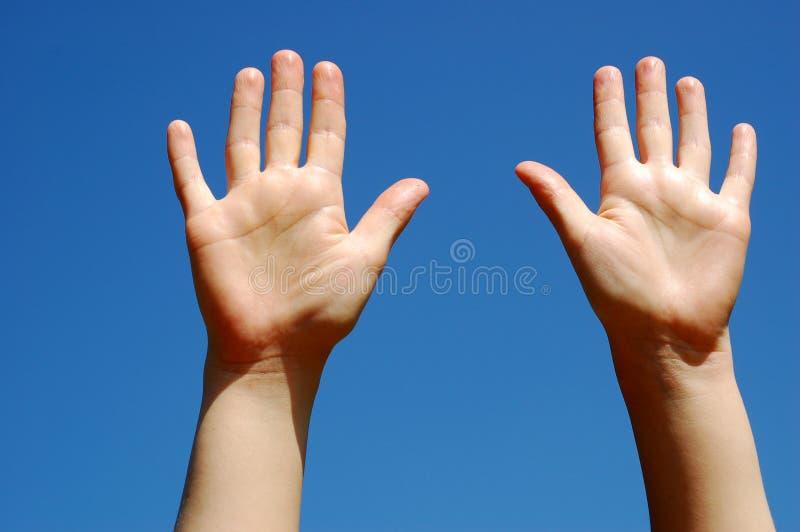 Hände auf Himmel #6 lizenzfreies stockfoto