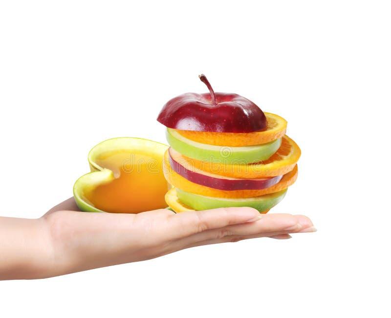 Hände, die eine Frucht halten lizenzfreie stockfotos