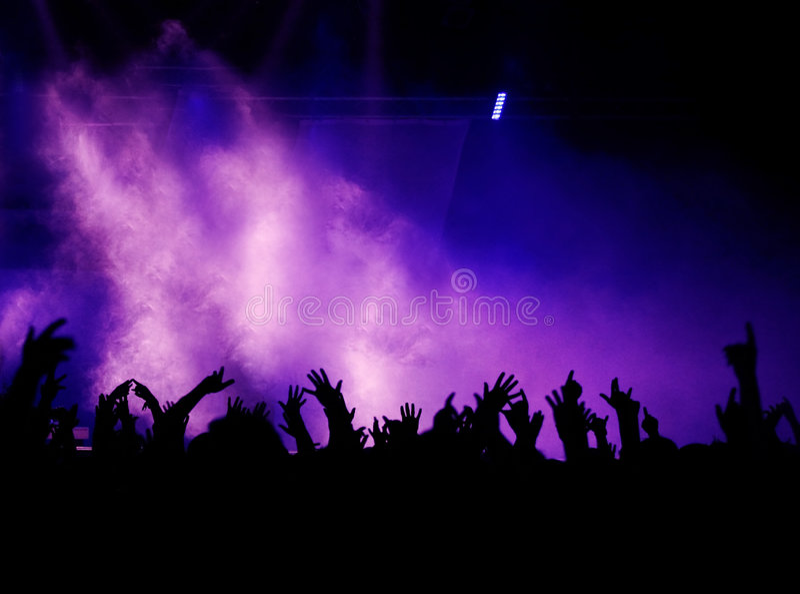 Hände, Nebel und Leuchte lizenzfreie stockbilder