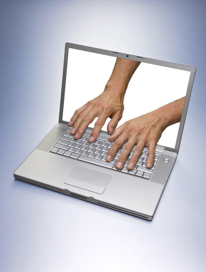 händer för datorhacker royaltyfri fotografi