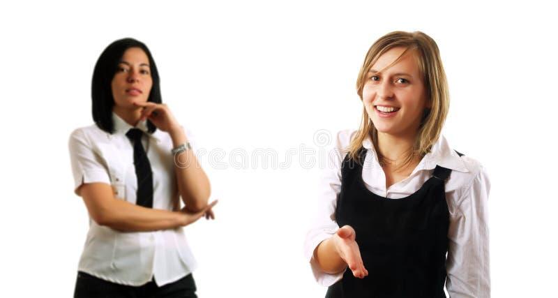 Händeschütteln mit Partnern