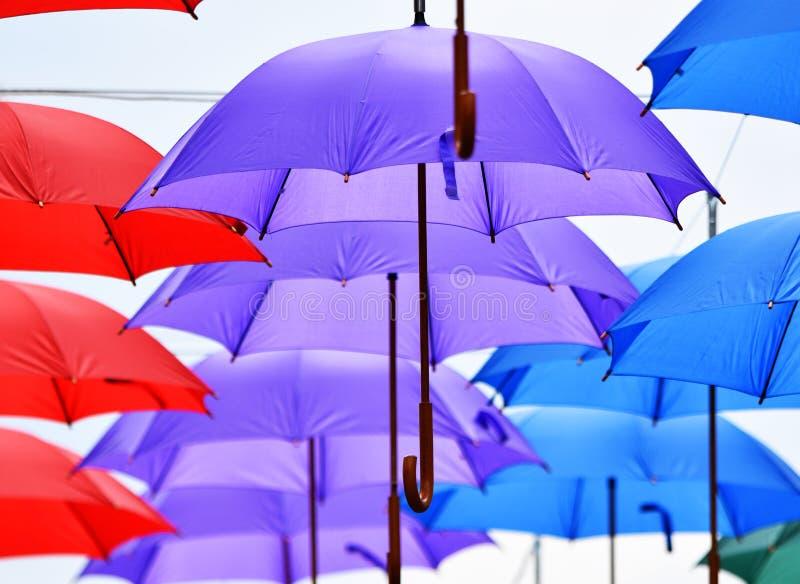 Hänga för paraplyer royaltyfri foto
