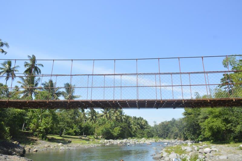 Hängande bro som lokaliseras på barangay Ruparan, Digos stad, Davao del Sur, Filippinerna arkivbilder