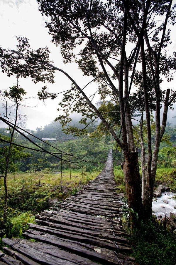 hängande inställning för bro arkivfoton