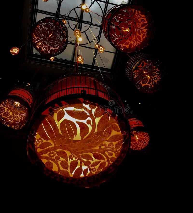 hängande lampor arkivfoto