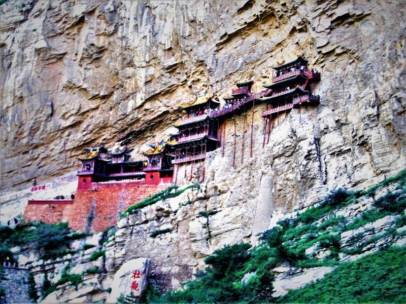 Hängande tempel eller Xuankong tempel i Kina, natur och arkitektur arkivbilder