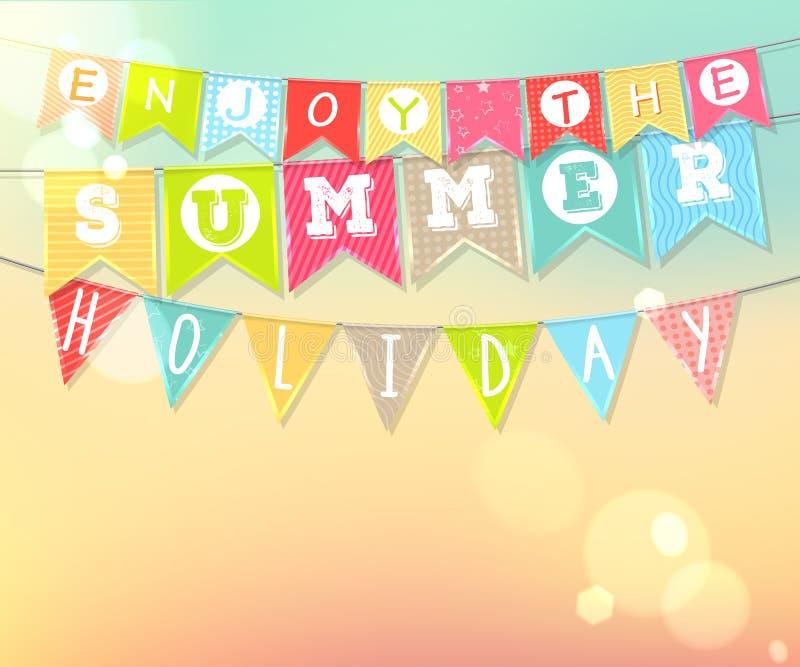Hängende bunte Flaggen mit Aufschrift: Genießen Sie die Sommerferien stock abbildung