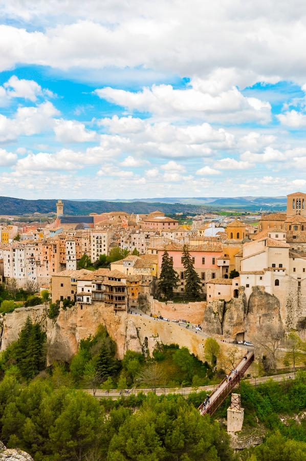 Hängende Häuser von Cuenca Spanien stockbild