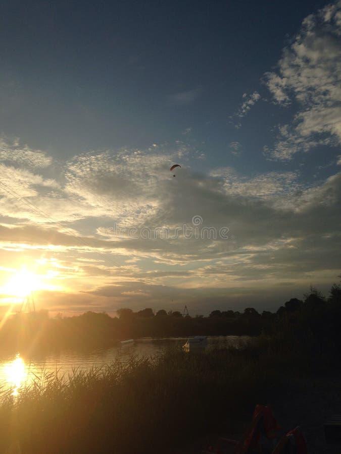 Hängning-glidflygplan fotografering för bildbyråer