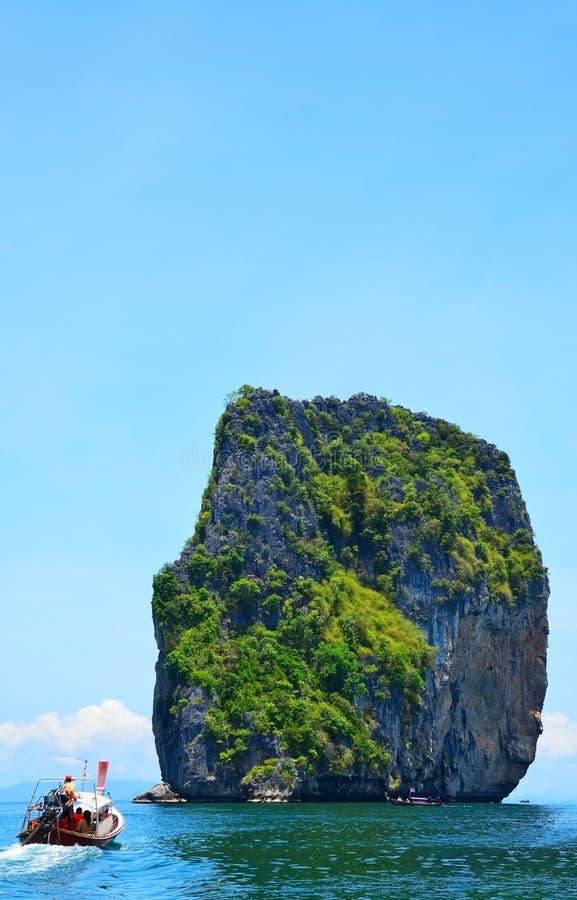 Download Härlig ö i Krabi Thailand arkivfoto. Bild av inget, liggande - 27282876