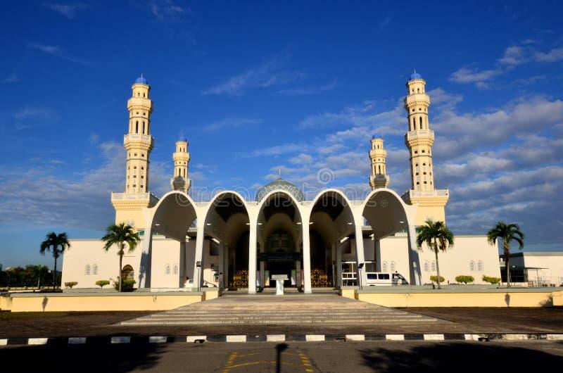 Härlig ögonblicksplats på den Likas moskén, Kota Kinabalu, Sabah, Malaysia royaltyfria bilder