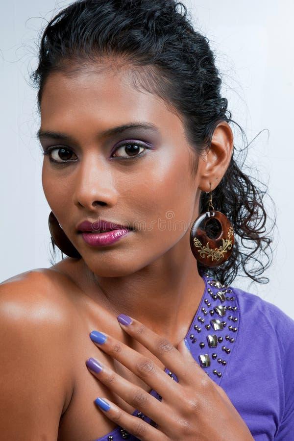 härlig östlig indisk kvinna arkivbilder