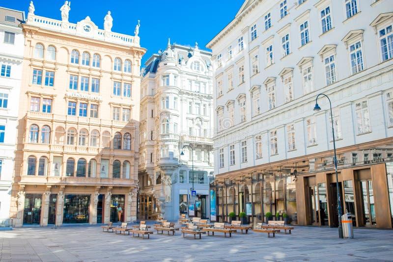 Härlig arkitektur i den gamla staden i Wien fotografering för bildbyråer